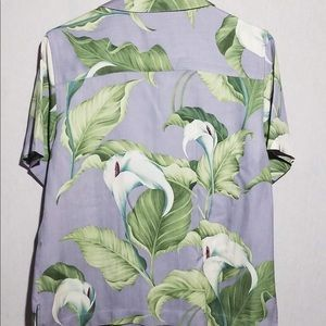 Tommy Bahama Tops - Tommy Bahama 100% Silk Button Down floral top